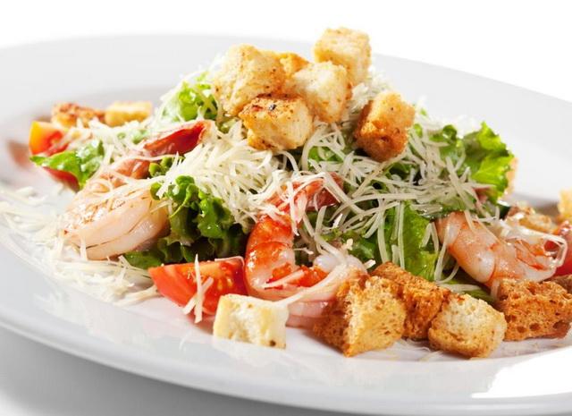 Фото рецепт цезарь салат с креветками