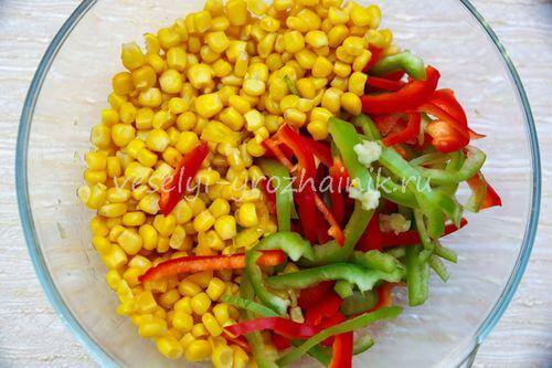 salat s konservirovannoj fasoliu 2